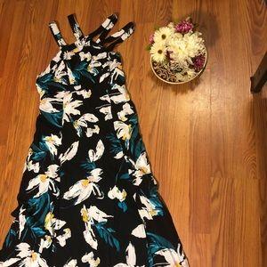 Beautiful long floral dress 😍😍